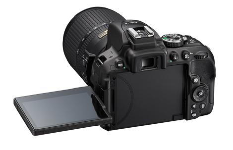 D5300_BK_18_140_LCD_3