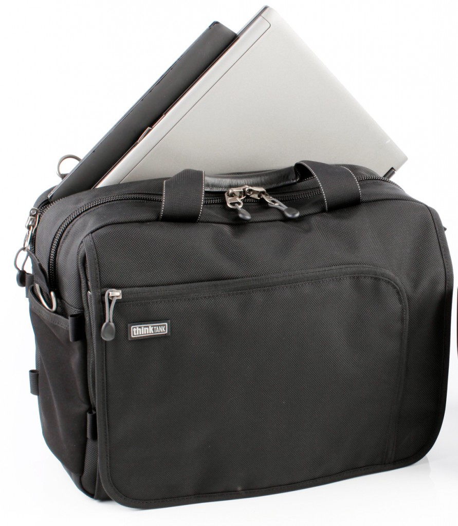 """Think Tank Photo Releases the Redesigned             Urban Disguise® V2.0 Series Shoulder Bags """"Carry the Right Gear with Less Fear"""" SANTA ROSA, CALIF – For photographers operating in urban or dangerous environments, carrying thousands of dollars"""